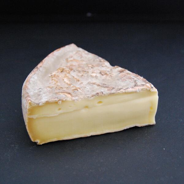 Saint Nectaire : fromage au lait cru de vache