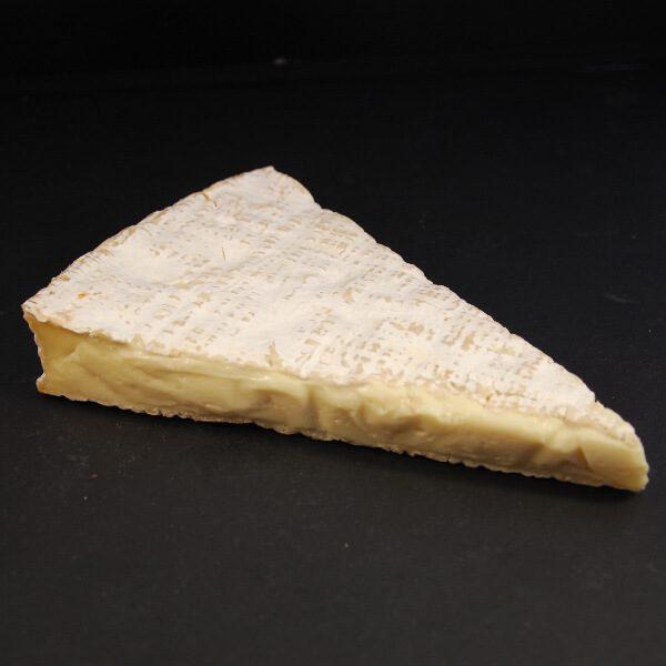 Brie de Meaux : fromage à croûte fleurie au lait cru