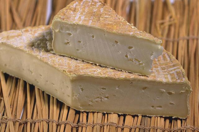 Faut-il conserver le fromage au frigo ?