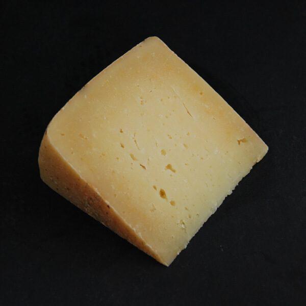 Pecorino : Fromage au lait cru de Brebis