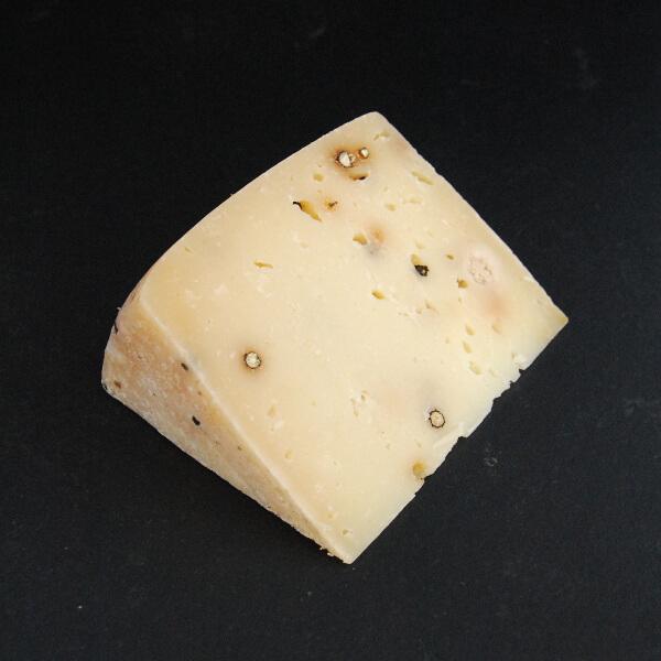 Pecorino Pepper : Fromage au lait cru de Brebis