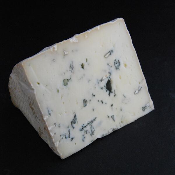 Bleu de Chèvre : Fromage persillé à base de lait pasteurisé de Chèvre