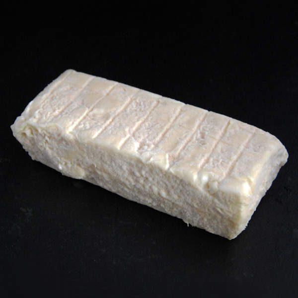 Briquette fermière de Cocumont : fromage au lait cru de Chèvre