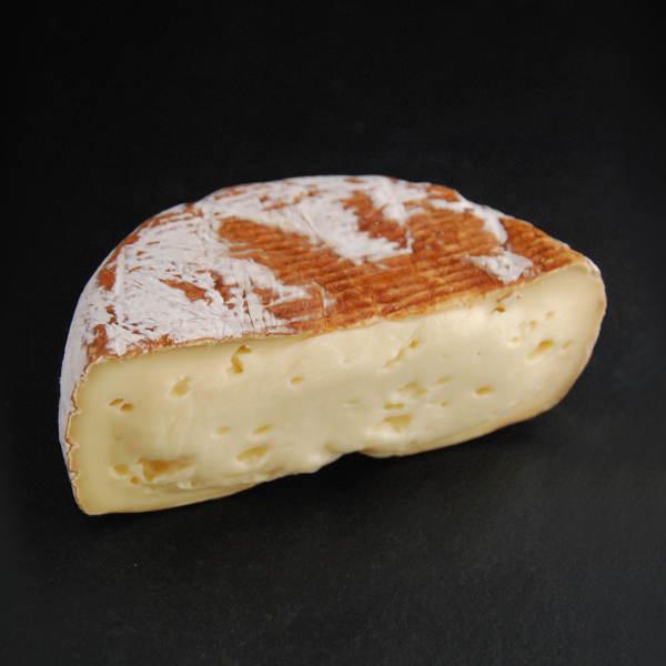 Galet boisé : fromage au lait cru de vache aux arômes de noix