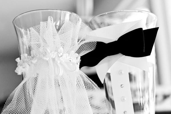 vin et champagne que choisir pour son mariage la boite. Black Bedroom Furniture Sets. Home Design Ideas