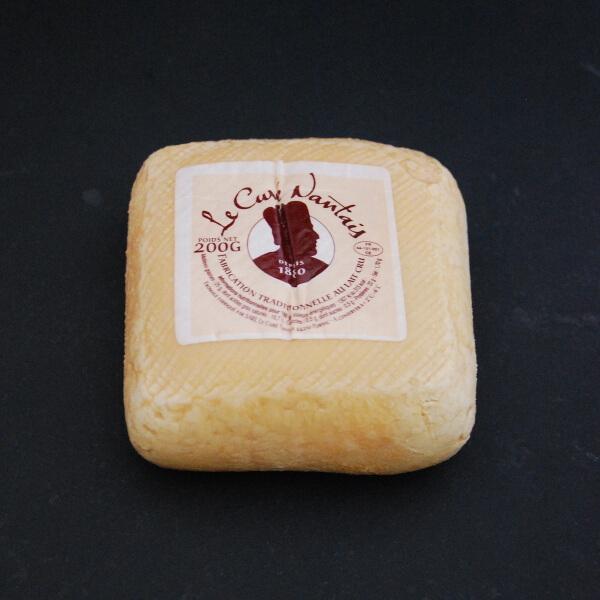 Curé nantais : Fromage à base de lait cru de vache