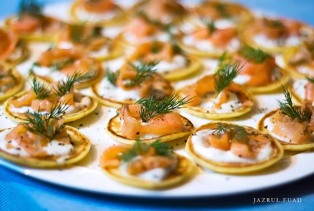 Blinis au saumon, avec basilic et Selle-sur-cher