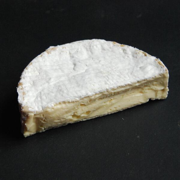 Coulommiers : fromage au lait cru de vache
