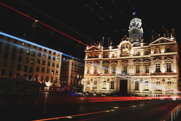 Lyon, la gastronomie et ses fromageries