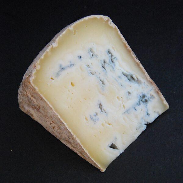 Bleu du Val d'Aillon : Fromage persillé à base de lait cru de Vache