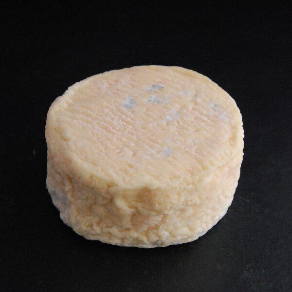 Le Petit Louvie : fromage fermier au lait cru de chèvre