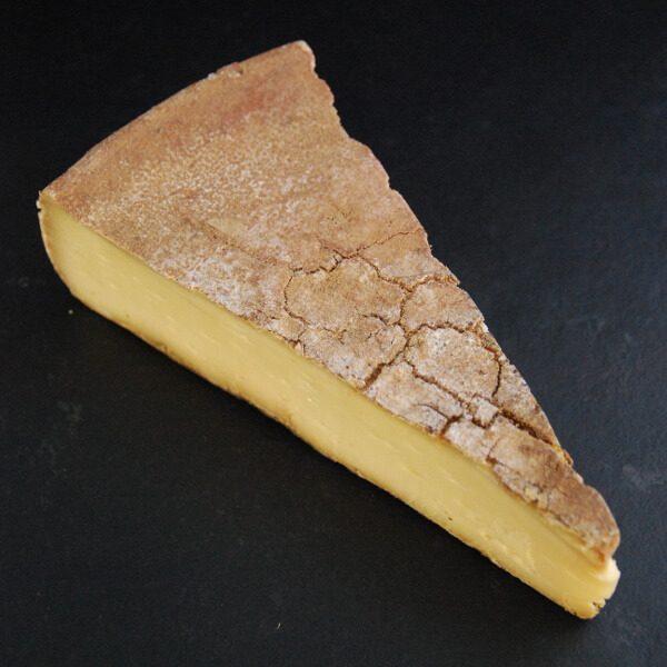 Tomme du Jura : Fromage au lait cru de Vache à pâte pressée non cuite