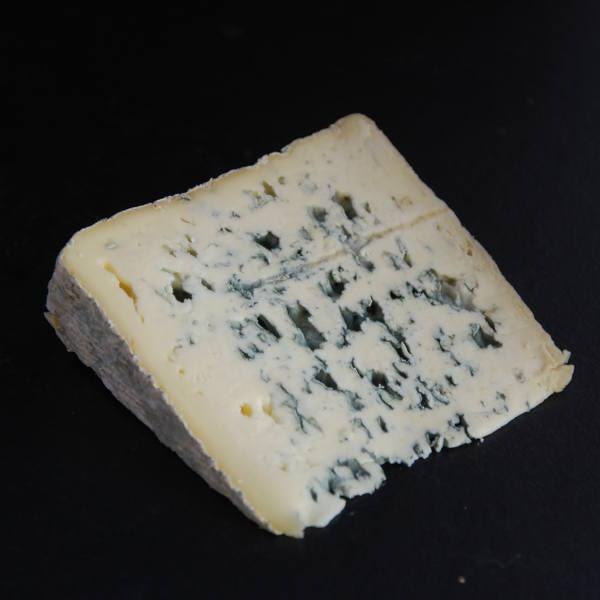 Bleu de Laqueuille : fromage de vache à pâte persillée