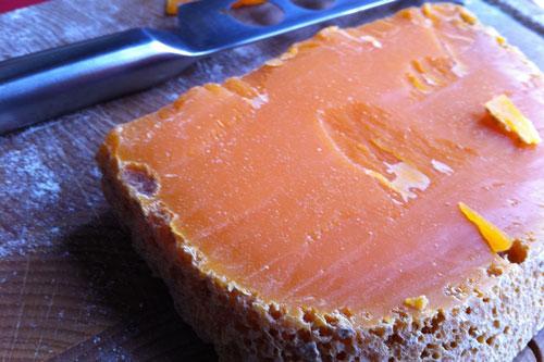 Fromage utilisant le rocou : mimolette