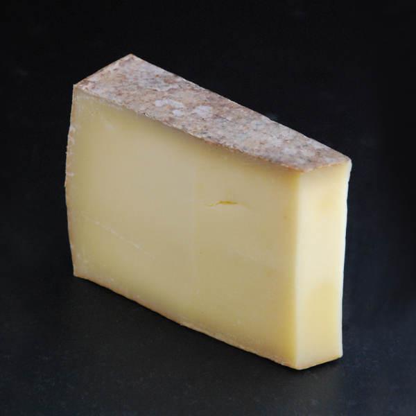 Mont-Jura : Fromage au lait cru de Vache à pâte pressée cuite