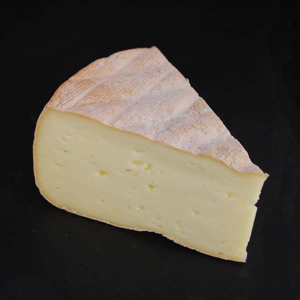 Saint Paulin : fromage au lait cru à pâte pressée non cuite