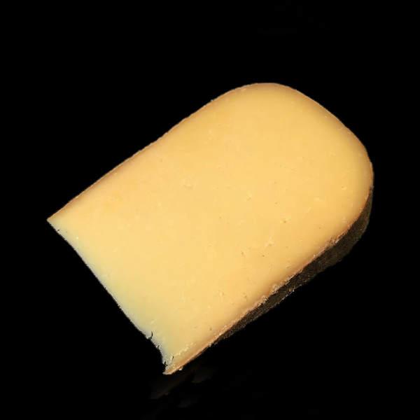 Tomme de Berry : fromage au lait cru de vache à pâte pressée non cuite