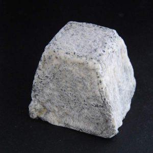 Valençay AOP : fromage au lait cru de chèvre