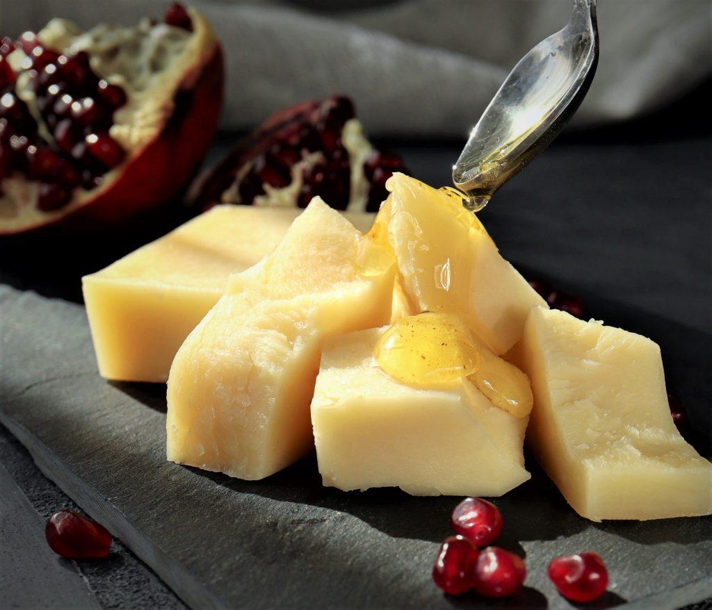 La différence entre le Parmigiano Reggiano et le Grana Padano